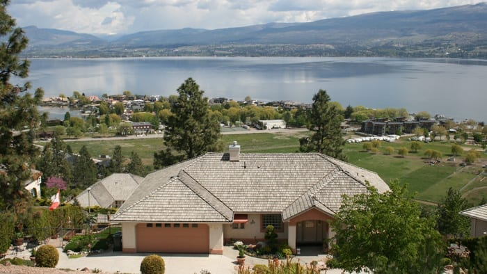 A Lakeview Heights Bed and Breakfast in West Kelowna