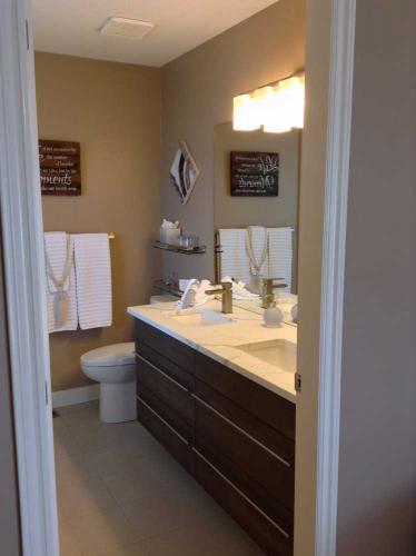 Panorama Room bathroom entry
